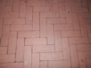 The original brick pattern has since been renovated to handle the mall's ever-increasing foot traffic.